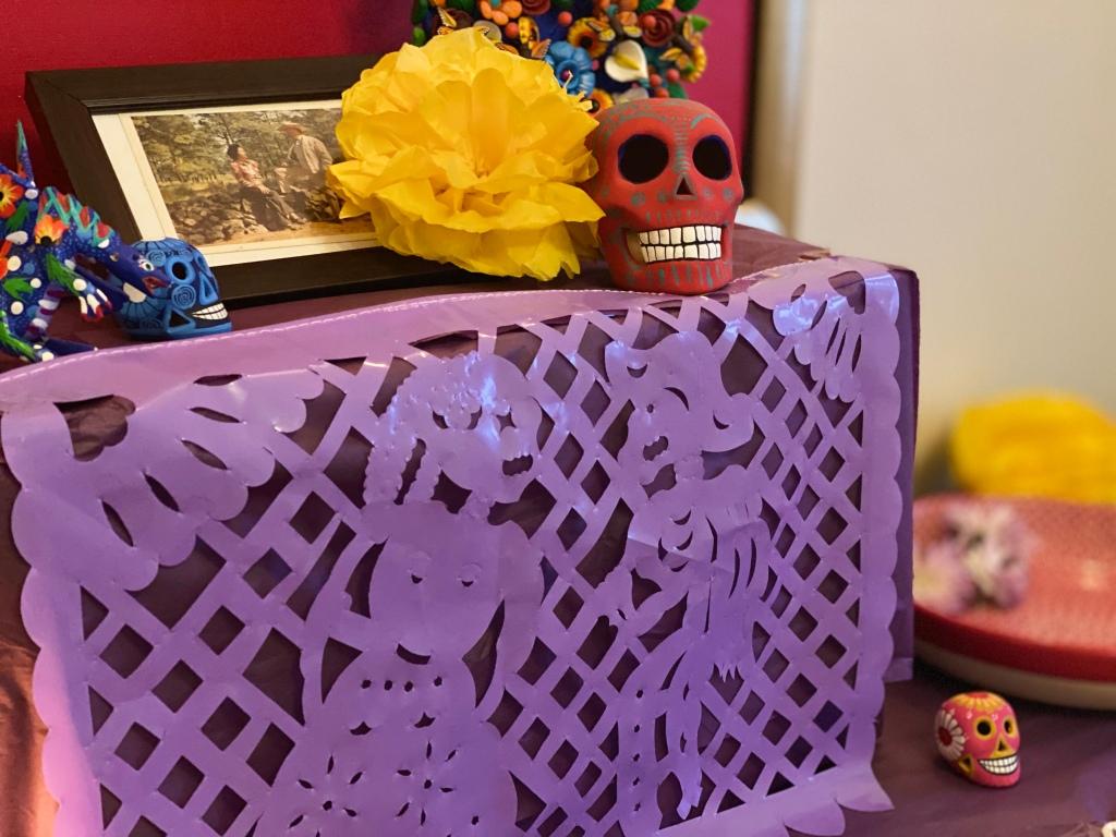 Typical Altar de Muertos