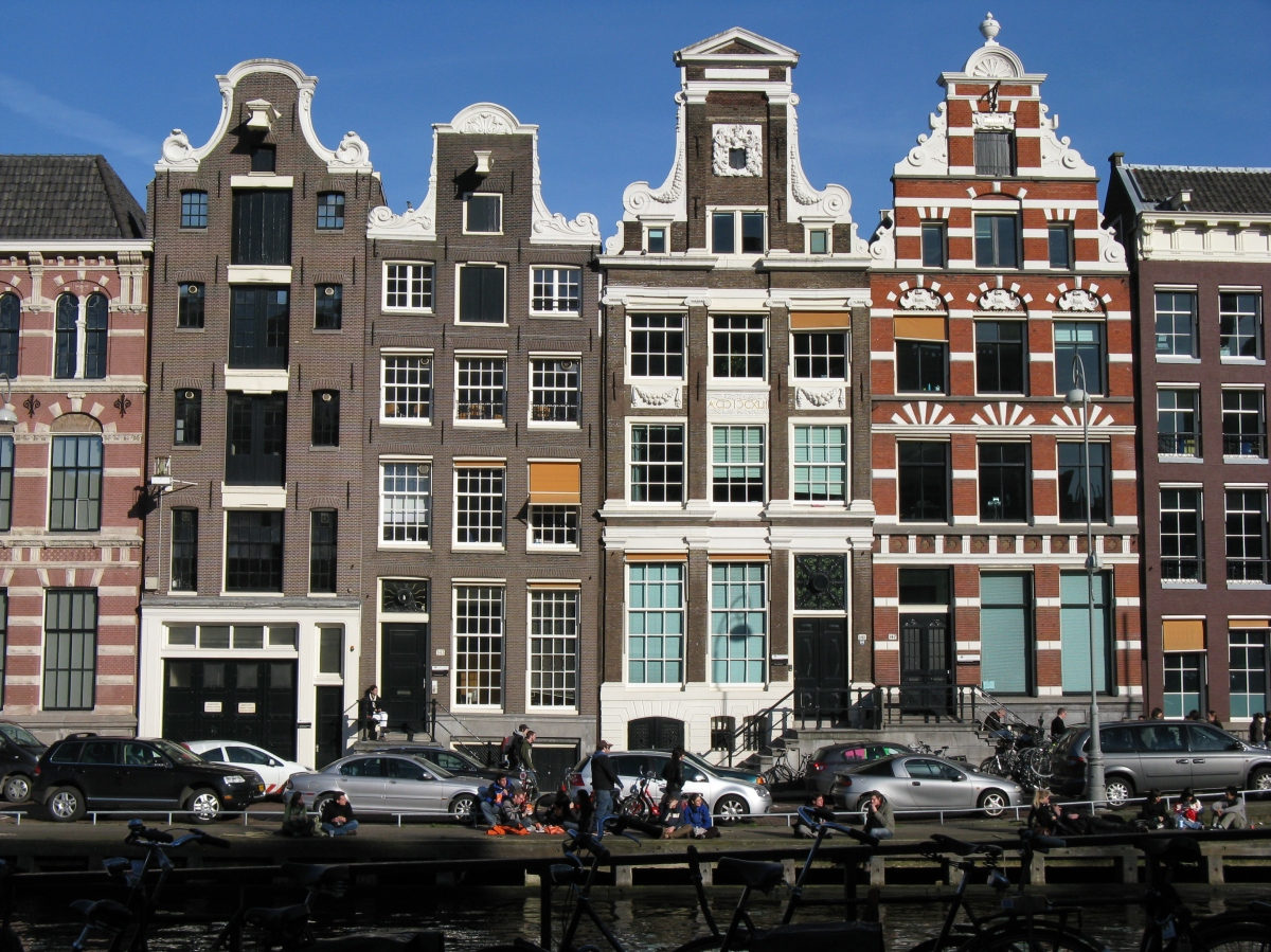 Notes from Amsterdam: Where was the strategic adviser?